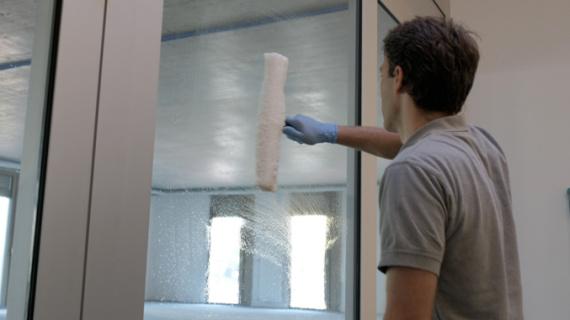 Nettoyage vitres avec mouilleur